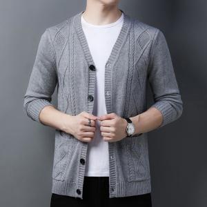 新款中青年男装宽松休闲纯色羊毛衫长袖针织衫男帅哥毛衣开衫