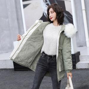 2020新款秋冬季女士时尚棉衣仿狐狸领