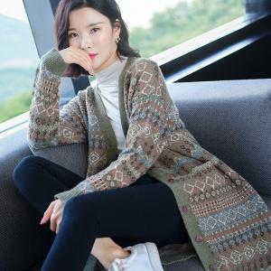 2020年冬季新款长款条纹全羊毛针织开衫