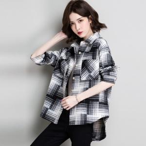磨毛格子衬衫女复古港味长袖外穿厚秋冬加绒衬衣女一体绒时尚保暖